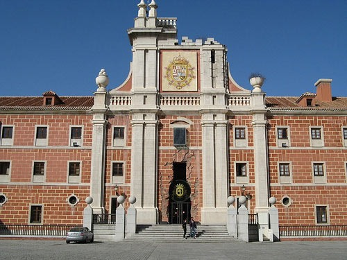 hotel-dos-castillas-madrid-turismo-1