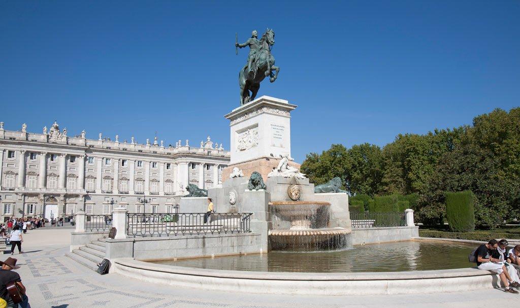 hotel-dos-castillas-madrid-turismo-6